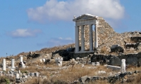 Ancient Delos & Mykonos South Beaches